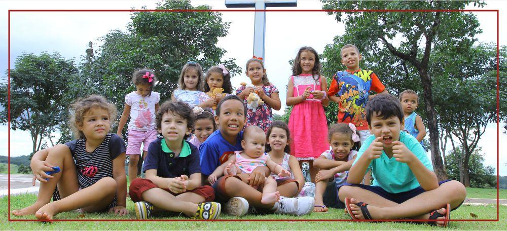 Casa Santa Isabel Divinópolis Comunidade Sacramento de Amor Crianças