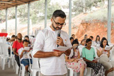 FRATERNIDADE SACRAMENTO DE AMOR ACOLHE SEU NOVO IRMÃO CONSAGRADO AO CARISMA SACRAMENTO DE AMOR